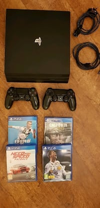 ps4 pro 4K HDR 2 controller 4 games 6814 km