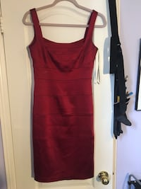 JAX Burgundy cocktail dress size 4 Toronto, M3J 3T6