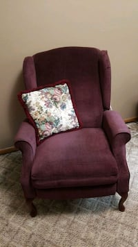 Wingback chair and pillow Breckenridge, 56520