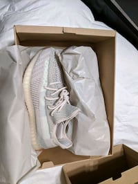 Yeezy Citrins size 9 and 7 1/2 Mount Airy, 21771