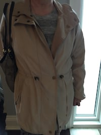 Lovely Reversible Spring Coat no hold bought in Uk reduced to $30 Toronto, M6B 2A8