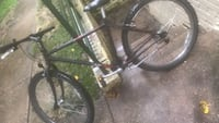 black and gray hardtail mountain bike Alexandria, 22305