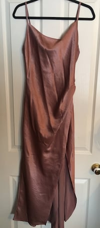 Satin slip dress M boutique Markham, L3P