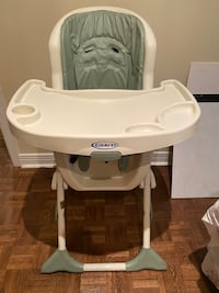 Graco Baby high chair - cushion seating- mint condition!