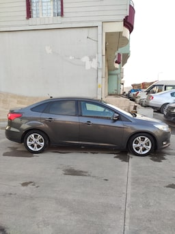 2015 Ford Focus 1.5L TDCI 120PS STYLE POWERSHIFT c68860a2-388a-43a3-b6c1-635fb09ced04