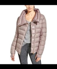Athleta new with tags down jacket ~ cardamon spice ~ size xl  retails $250 plus tax u.s Surrey, V4N 6A2