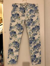 Floral skinny jeans from Abercrombie & Fitch size 8 Edinburg, 78541