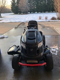 black and red ride on lawn mower Waldorf, 20601