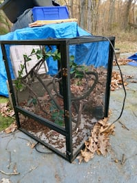 Open air screened Terrarium Gainesville