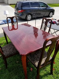 GORGEOUS Dining Set (Table and Chairs) San Diego, 92127