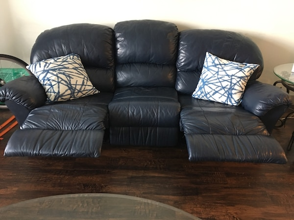Used Navy leather sofa for sale in Frisco - letgo