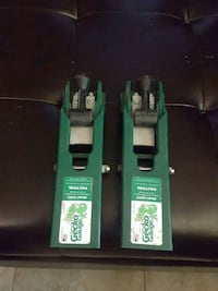 two green Gecko Gauge tools