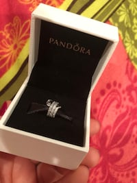 Brand new pandora diamond snake charm Fort Washington, 20744