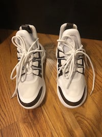 Louis Vuitton Archlight sneakers size 37 New York, 11209