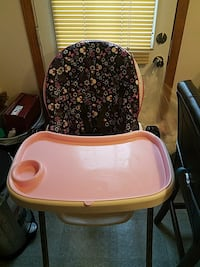 High chair is in good condition 50 obo Sparta, 54656