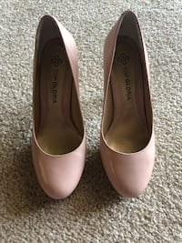 Pumps. Size 7 South Plainfield, 07080
