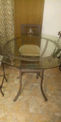 Table set with 4 Chairs (Bar Style) Richmond, 23223