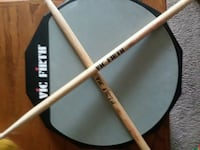 Double sided Vic Firth beginner drum pad w/sticks Cumberland, 46229