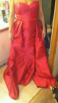 women's red sleeveless dress Austin, 72007