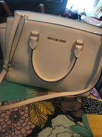 white Michael Kors leather tote bag Los Angeles, 90012
