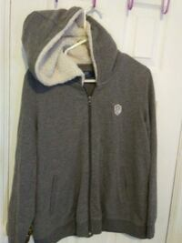 gray and black zip-up hoodie Victoria, V8W 2G5