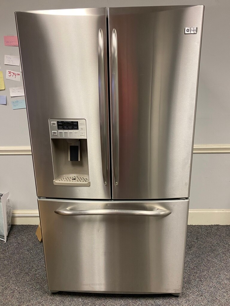 Photo GE PROFILE STAINLESS FRENCH DOOR FRIDGE 4 MONTH Wrranty