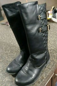 Girl's size 4 barely worn boots Lothian, 20711