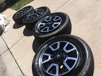 black and gray car wheel set Thornton, 80233