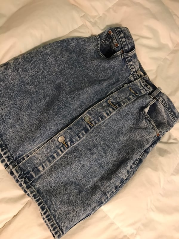 Old school Levi's skirt size 26  1