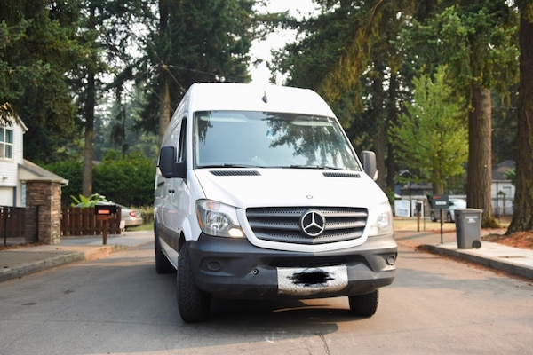 Sprinter Van Camper >> Used Mercedes Sprinter Van Conversion Camper For Sale In