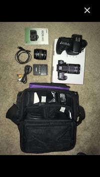 Canon eos 60d camera - strobe lighting - lens (2) - 1 day only offer 2472 km
