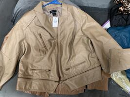Beige/Tan Zipper Jacket Size 22