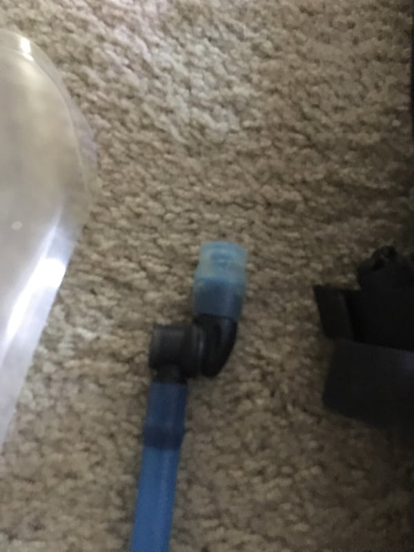 North Face hydration backpack 419d891a-0c15-469c-a6e7-57d9291f5ae1