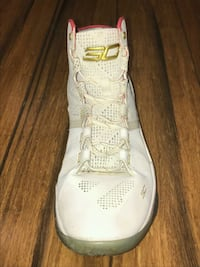 Stephen Curry shoe basket ball shoe Toronto, M1G 0A2