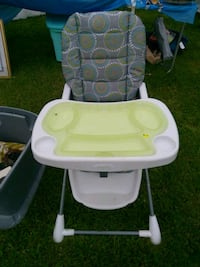 baby's white and pink high chair Waverly, 14892