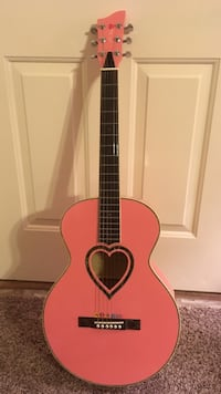 Jj heart girl's pink guitar with picks Garden City, 83714