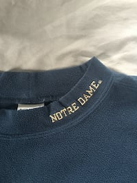 Notre dame size large light weight fleece pullover