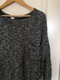 Black and gray scoop-neck long-sleeved shirt Edmonton