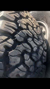 285/75R16 BF Goodrich KO 2's at 95% mounted on Factory Chevy 8 Lug 8! Buena Park, 90620