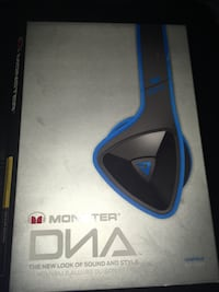 Brand new never used Monster DNA Noise-Isolating On-Ear Headphones, Blue $60 No trades Indianapolis, 46222