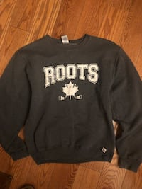ROOTS SWEATSHIRT YOUTH SMALL  North Dumfries, N0B