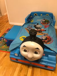 Thomas the Train bed set and accessories (includes mattress, mattress protector, comforter and sheet set, rug and toybox.  Must pick up with van or large SUV, or I can deliver for $20 within 5 miles of 22153 Springfield, 22153