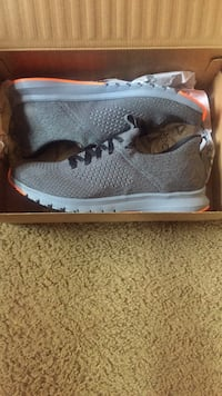 reebok print premier running shoes size 10 and a half
