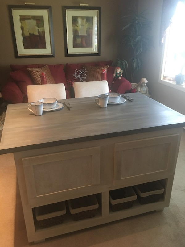 Brand new custom made kitchen island made to fit your home