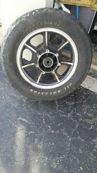 Rear motorcycle tire
