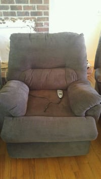 Tranquil Ease lift reclining chair(new) 227 mi