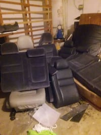 Bunch of car seats not sure what kind