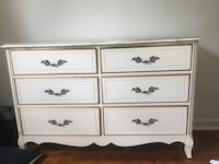 white wooden 6-drawer lowboy dresser Arlington, 22204