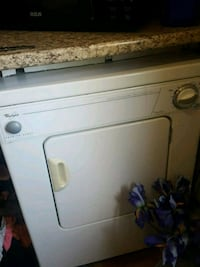 WHIRLPOOL clothes dryer Welland, L3C 4S7