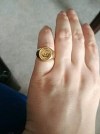 Gold coin ring - size 5 Toronto, M4S 1B4